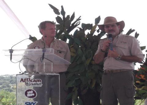 Frank Carlos Camacho y David Haslingden